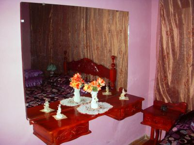 Room 1 Twin Details
