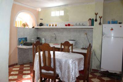 casa-hostal-cheo-naranjo-trinidad-4-13-jpg