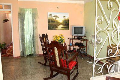 casa-hostal-cheo-naranjo-trinidad-4-4-jpg