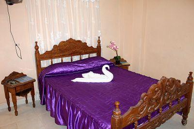 casa-hostal-cheo-naranjo-trinidad-4-8-jpg