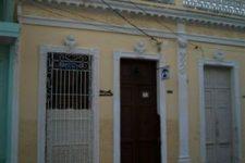 Casa Hostal Cienfuegos Center Luis Emilio y Odalys