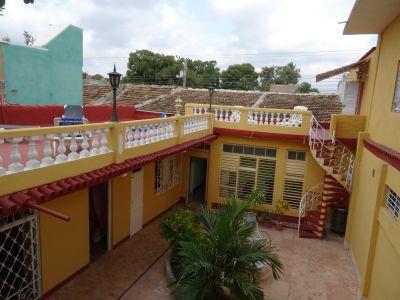 casa-hostal-dr-lara-sra-yuda-trinidad-5-2-jpg