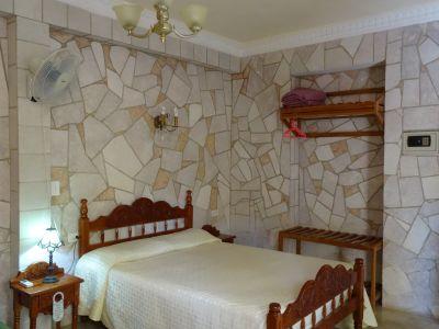casa-hostal-dr-lara-sra-yuda-trinidad-5-6-jpg