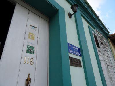 casa-hostal-dr-lara-sra-yuda-trinidad-5-8-jpg