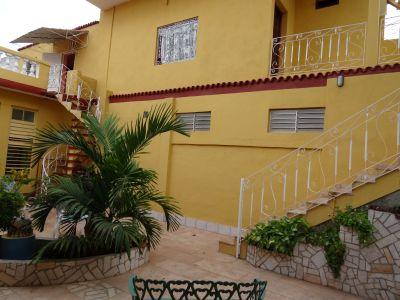 casa-hostal-dr-lara-sra-yuda-trinidad-5-9-jpg