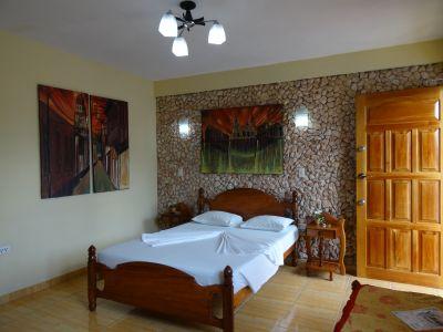 casa-hostal-raul-kathy-santiago-de-cuba-5-14-jpg