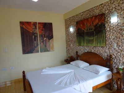 casa-hostal-raul-kathy-santiago-de-cuba-5-23-jpg