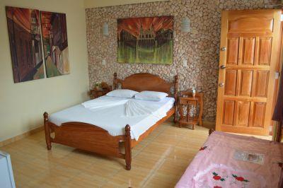 casa-hostal-raul-kathy-santiago-de-cuba-5-31-jpg