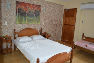 casa-hostal-raul-kathy-santiago-de-cuba-5-33-jpg