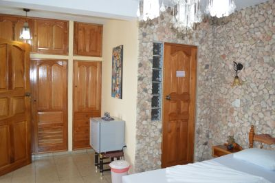 casa-hostal-raul-kathy-santiago-de-cuba-5-36-jpg
