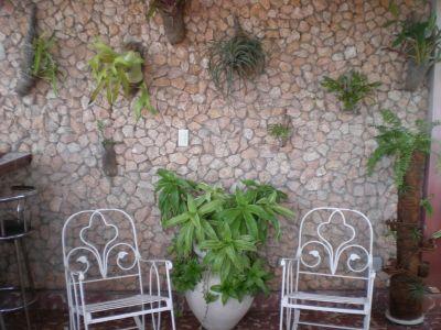 casa-hostal-raul-kathy-santiago-de-cuba-5-8-jpg
