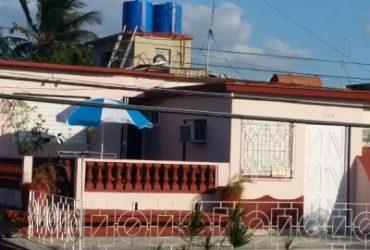 Casa Hostal Villa Mirty
