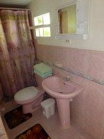 Private bathroom room 1