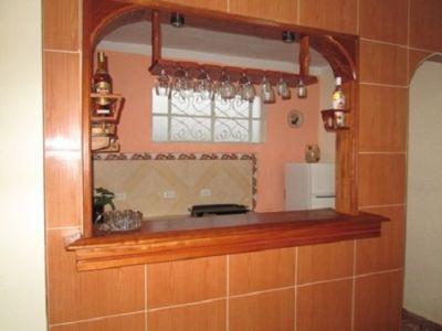 Pantry-bar