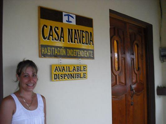 Neivi the hoster