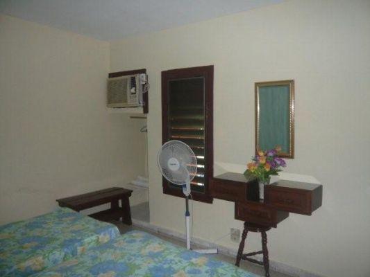 Room 1 details