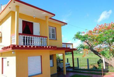Casa Sunny Balcony House-Balcon Soleado