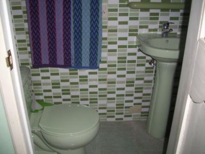 VE III Bathroom 1