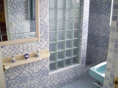VE III Bathroom 2
