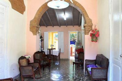 hostal-zoe-y-norberto-trinidad-4-2-jpg