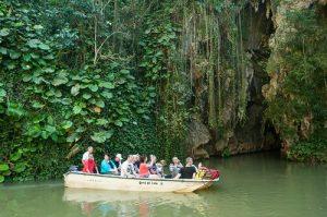 excursiones-a-la-cueva-del-indio-300x199-jpg