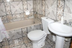 13bathroom1-300x200-jpg