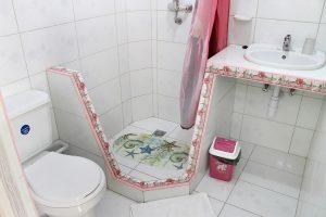 14bathroom1-300x200-jpg