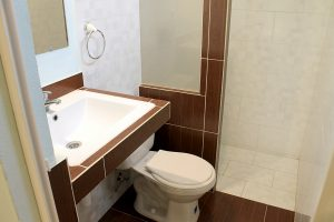 20bathroom2-300x200-jpg