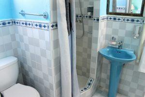 23bathroom1-300x200-jpg