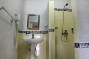 29bathroom2-300x200-jpg