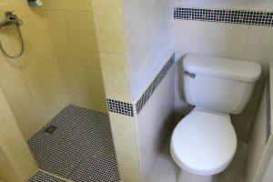 31bathroom2-300x200-jpg