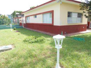 hostal-el-pino-vistas-desde-fuera-1024x768-300x225-jpg