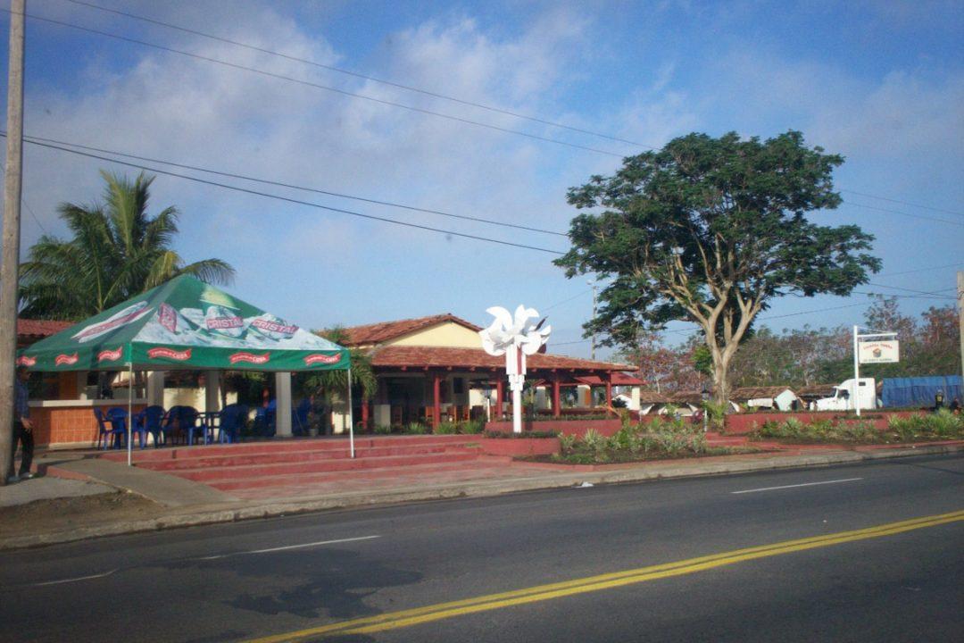 """Specialized restaurant """"San Antonio de El Cornito"""""""